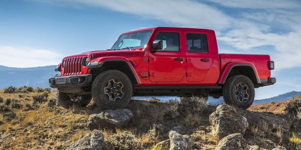 The 2021 Jeep Gladiator EcoDiesel goes on sale in the third quarter of 2020 and customers can...