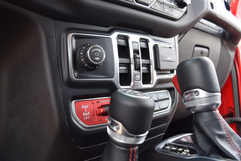 Mopar Introduces Jeep Gladiator Trailer Brake Controller