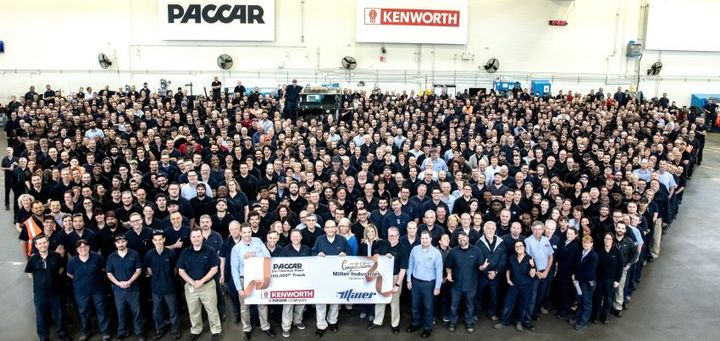 A Kenworth T270 was recognized as the milestone 200,000th medium-duty truck produced at the Paccar plant in Ste-Thérèse, Quebec. 