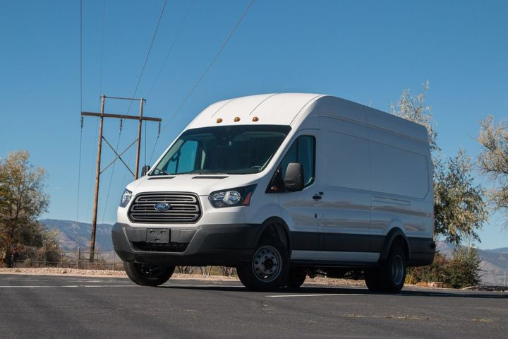 The Lightning Electric models are being provided to the hospital system by Wondries Fleet Group, a leading fleet dealer in California. All 12 are Class 3 delivery vans. - Photo: Lightning Systems