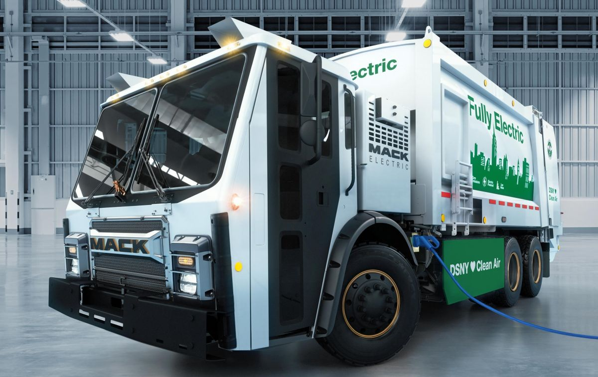 Mack Reveals Fully Electric LR Refuse Truck