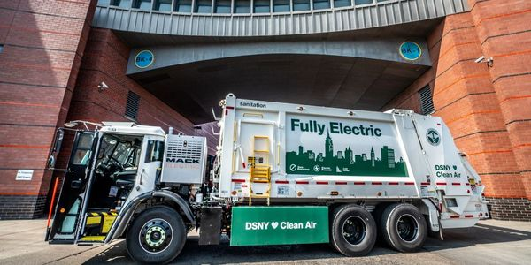 The DSNY Mack LR Electric demonstration model will be based at DSNY's Brooklyn North 1 garage.