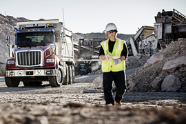 Navistar's Severe Service Team Launches Engineering Hotline