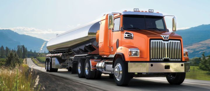 The Western Star 4700 set-back, all-wheel drive 6x6 and 4x4 trucks can be spec'ed with an 18,000-pound front drive axle. - Photo: Western Star