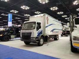 Kenworth featured its K270E battery electric vehicle equipped with a 26-foot Supreme box van...