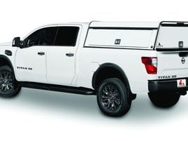 The LEER DCC-MT3 commercial truck cap offers optional modular toolboxes with adjustable shelf,...