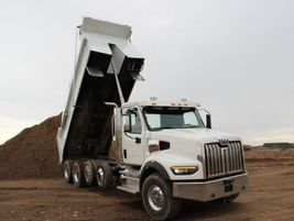 Straight frame sections begin directly behind the cab and feature a constant flange-to-flange...