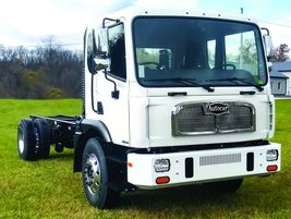 Autocar ACMD:Ideal vocations for the Autocar ACMD include refuse and recycling, paint stripers,...