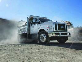 Ford F-750:Ideal vocational applications for the Ford F-750 include roll back wreckers, dump...
