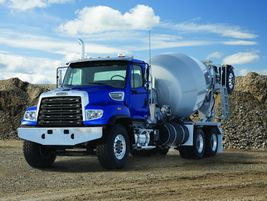 Freightliner 114SD                            Ideal vocations for...