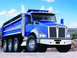 Kenworth T880: Ideal vocations for the T880, T880 Twin Steer, or T880S with Set-Forward axle...