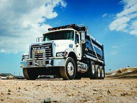 Mack Granite: Ideal vocations for the Mack Granite include dump, mixer, concrete pumper,...