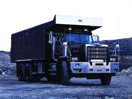 Western Star 6900: Ideal vocations for the Western Star 6900 include construction, heavy haul,...