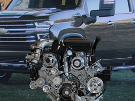 Silverado HDs offer a choice of two 6.6L V-8 engines.
