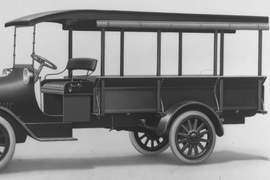 100 Years of Chevrolet Truck History