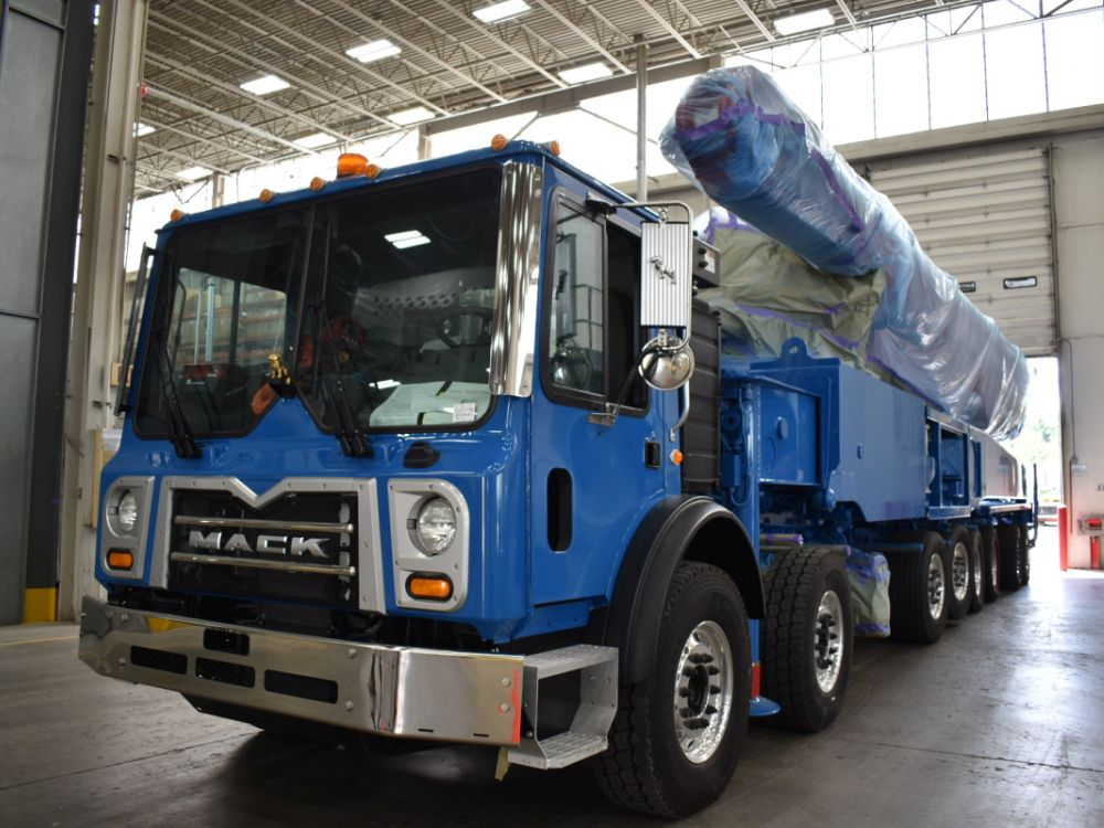 Most concrete pumps are painted with multiple colors.