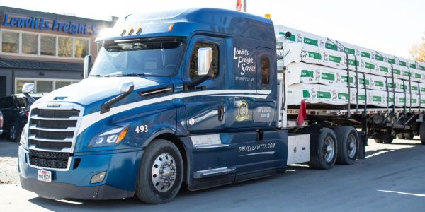 The Leavitt's fleet is predominantly Kenworth 660s and 680s and the Freightliner Cascadia.