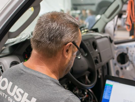 Step 7:It's now time to flash the Powertrain Control Module with ROUSH CleanTech software.