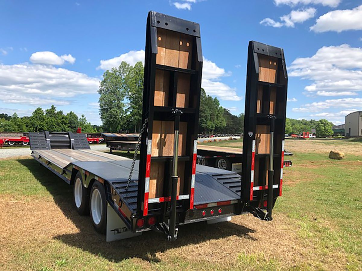 Talbert's 35-Ton Fixed Neck Trailer for Machinery Movers