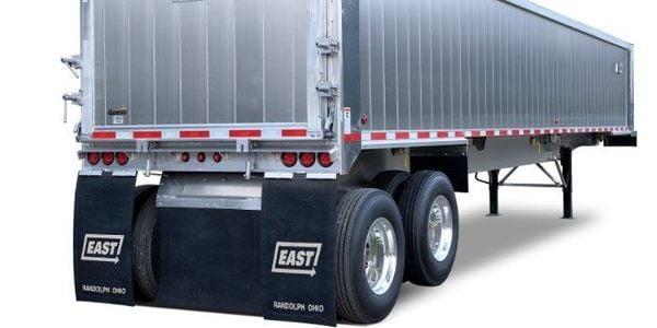 渲染拖车结合了轻巧耐用的组件,可提供理想的