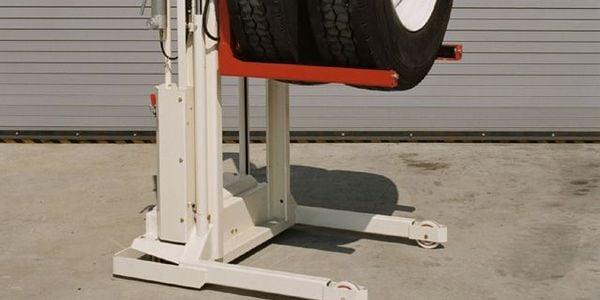 Stertil-Koni's popular WDA-500 model lift wheel dolly has a telescopic crane arm option that...