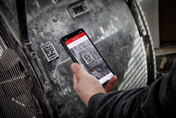 The Asset ID Tags can be affixed to non-ONE-KEY compatible assets to better track movement and flow across jobsites and crews. - Photo: Milwaukee Tool