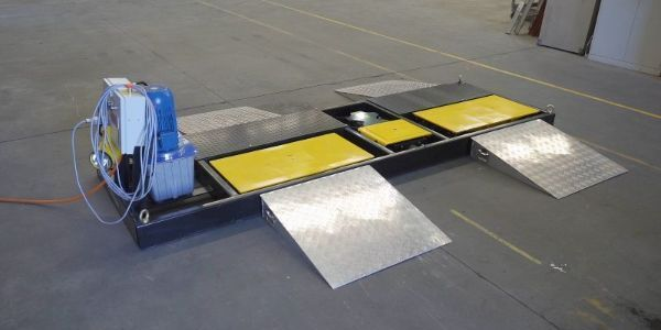 The VIS-Check: Road Simulator is ideal for service centers, suspension and alignment shops,...