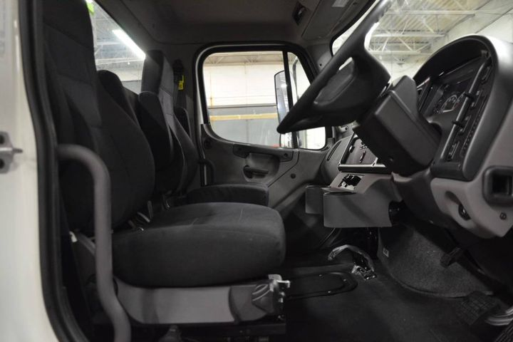 This steering conversion improves visibility and cab comfort for refuse/recycling trucks. - Photo: Fontaine Modification