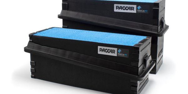 Paccar filtration products are designed exclusively for Paccar heavy- and medium-duty engines.