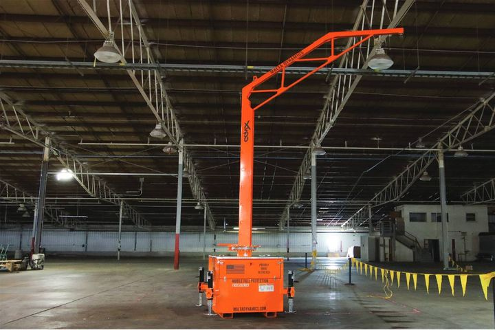 The mobile fall protection system offers a 360-degree rotatable arm with an overhead anchor point. - Photo: Malta Dynamics