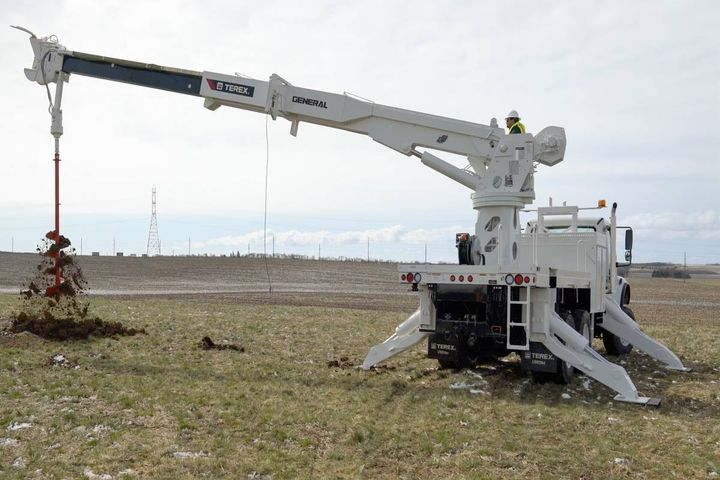 The General 65 MAX boasts greater capacities through all boom angles, but especially in the work zone. - Photo:Terex Utilities