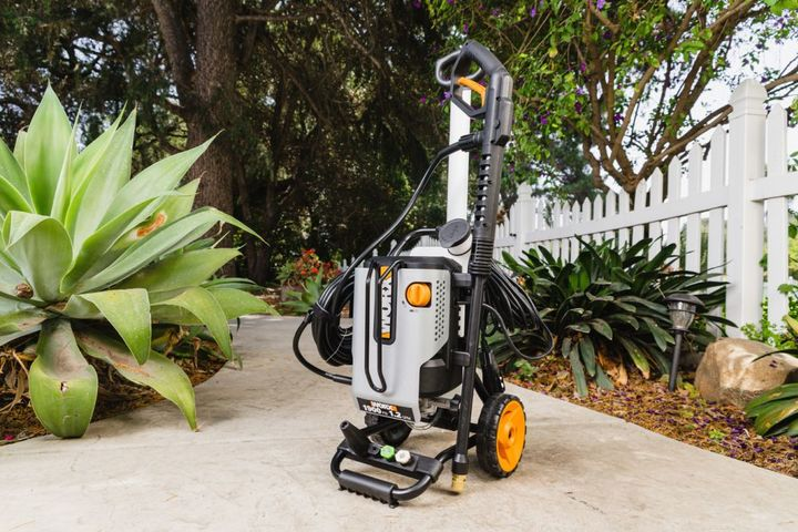The WORX 1900 psi model arrives on the heels of the portable 1500 and 1600 psi wheeled electric pressure washers introduced in the fall of 2020. - Photo: Worx