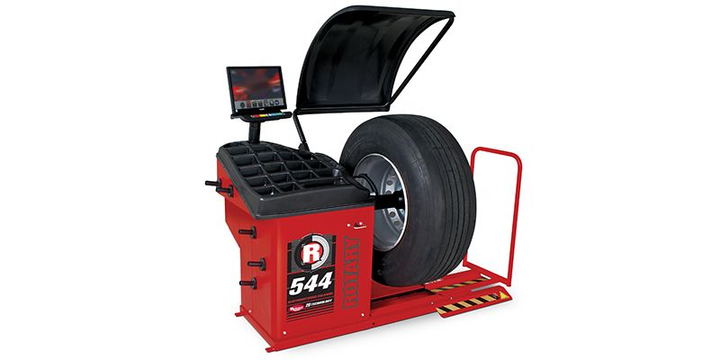 The R44 truck wheel balancer includes specific balancing programs for static, dynamic and ALU wheels.
