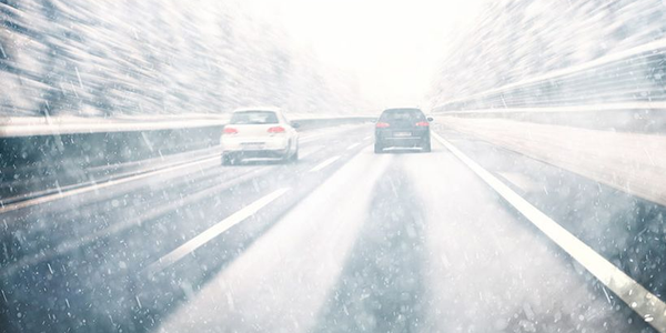 The Driving Weather video helps fleet drivers navigate rain, snow, and fog.
