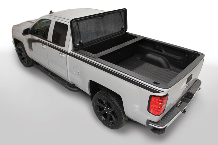 The Stowe Strong Box comes with integrated features to facilitate the attachment of an optional Stowe Tonneau cover.