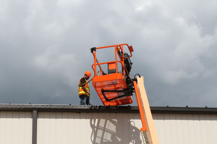 Users can work on high surfaces while remaining safety attached to the work platform.
