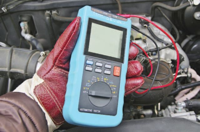 Using a voltmeter ormultimeter (pictured) isnecessary for checkinga battery's charge. (Photo: iStockphoto.com) -