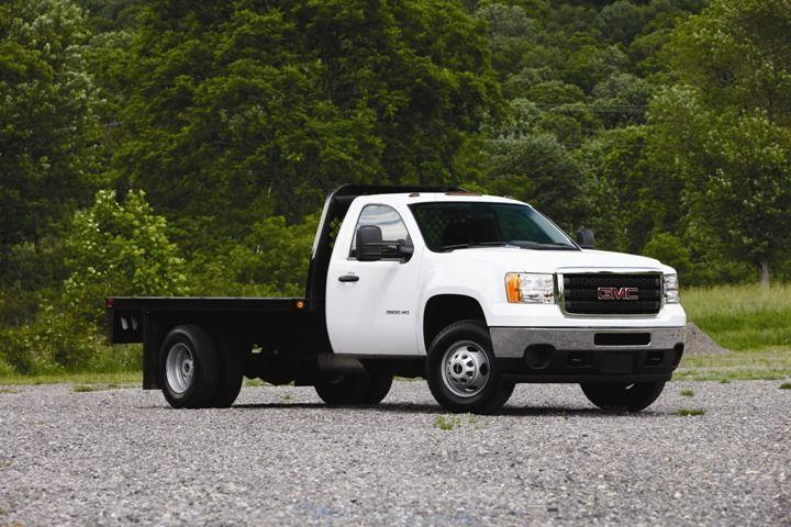 4712115ea33d08 20-Point Checklist  Spec ing Flatbed Trucks - Upfitting - Work Truck Online