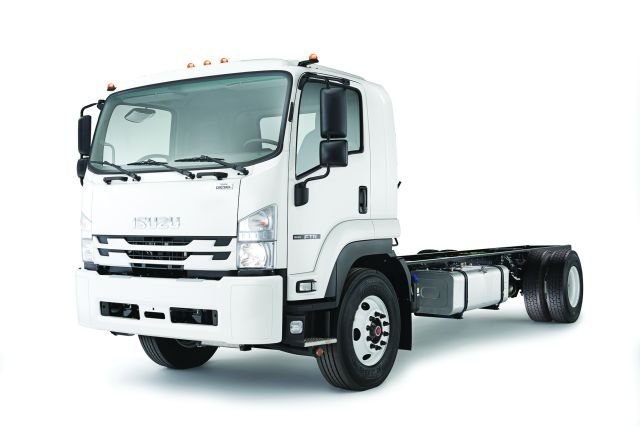 The 2018 Isuzu FTR features eight wheelbase configurations to accommodate bodies from 16 to 30 feet, allowing for various body applications. It was designed with a clean back-of-cab to provide more space for body applications. (PHOTO: Isuzu Commercial Truck of America) -