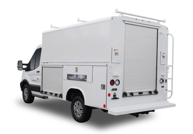 The lightweight, Reading aluminum CSV comes equipped with such features as Dual-Pro door seals, stainless steel SMART Latch rotary paddle locks, and patented hidden hinges. (PHOTO: Reading) -