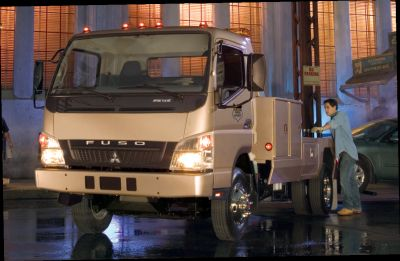 Mitsubishi Fuso Returns to the Class 3 Market with 2008 FE