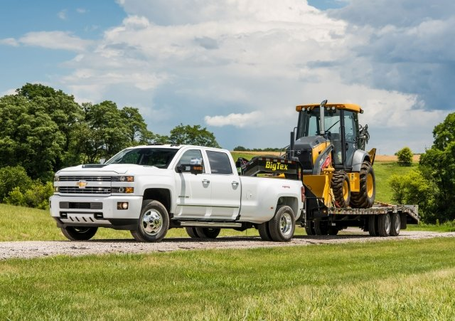 The event, hosted by Chevrolet and John Deere, featured Silverado HD trucks towing John Deere equipment of various sizes. (PHOTO: JESSICA WALKER, COURTESY OF CHEVROLET) -