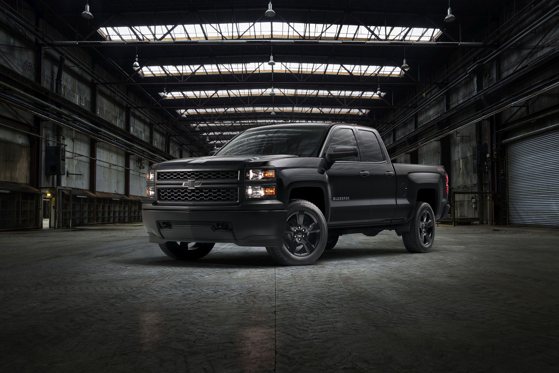 Chevrolet Adds Black-Out Silverado Work Truck