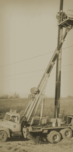 Elliott Equipment Company was founded in 1948 by Dick Elliott. The Company, which was founded and still based in Omaha, Neb., was one of the pioneers in developing truck mounted aerial equipment. (Photo: Elliott Equipment Company) -