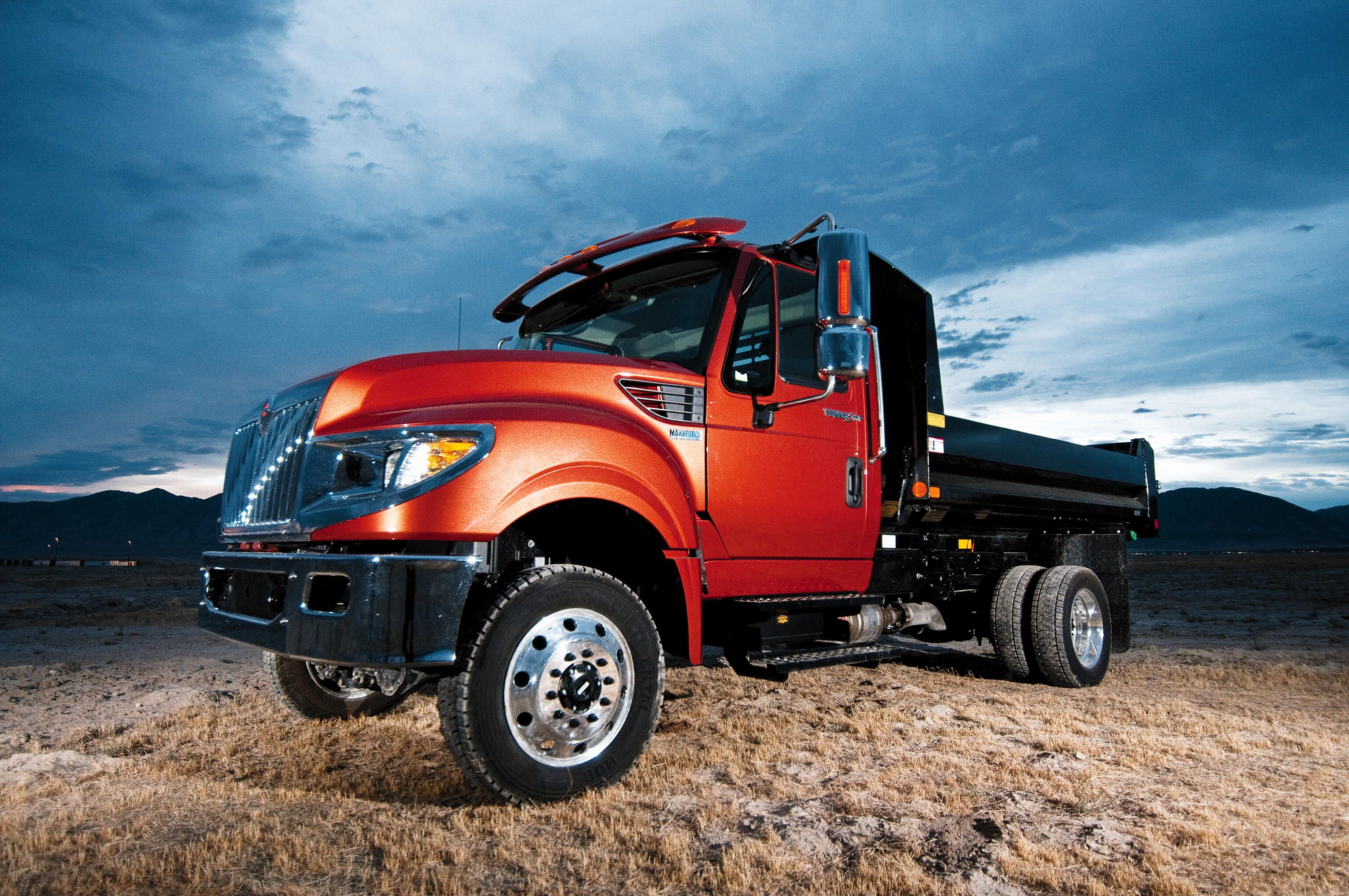 Navistar Shows New International TerraStar 4x4 at 2013 NTEA Work Truck Show