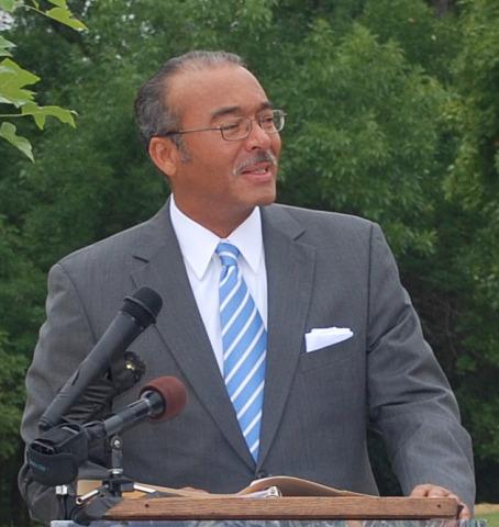 City of Columbus Mayor Michael Coleman to Co-Present Green Awards