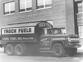 Bingo Cartage from Chicago used this truck to haul product in 1957. 