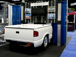 DiamondBack Truck Covers booth.