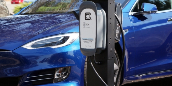 ClipperCreek PMD-10 charging station (Photo courtesy of ClipperCreek)