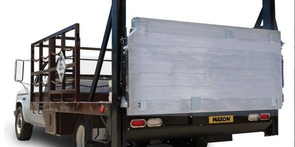 The DMD is an innovative medium-duty, fully hydraulic lift that utilizes a twin cylinder design...